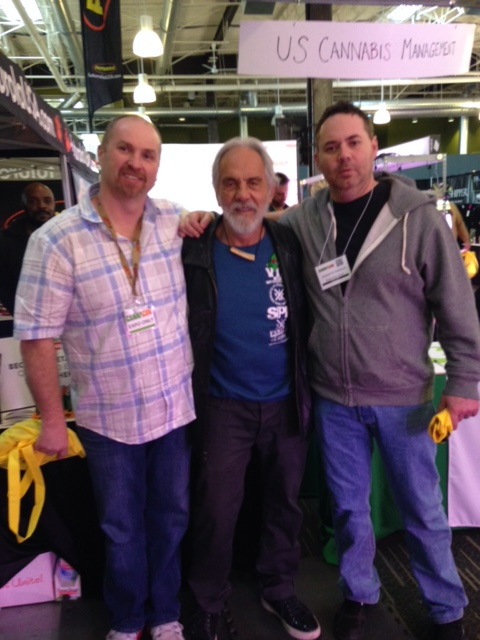 Cannacon photo op! I think Tommy Chong's face was tired after all the pictures he was in...